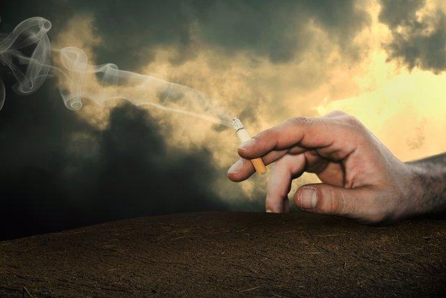 Se ha sancionado a la peña por permitir fumar