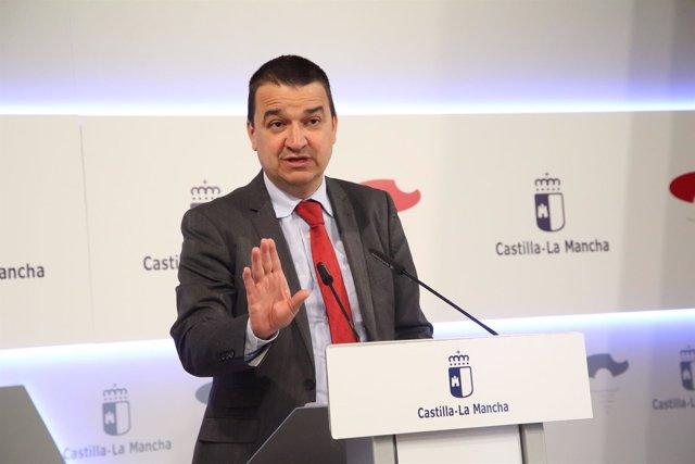 Francisco Martínez Arroyo en rueda de prensa