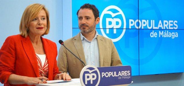 Mariví Romero y Carmona en rueda de prensa