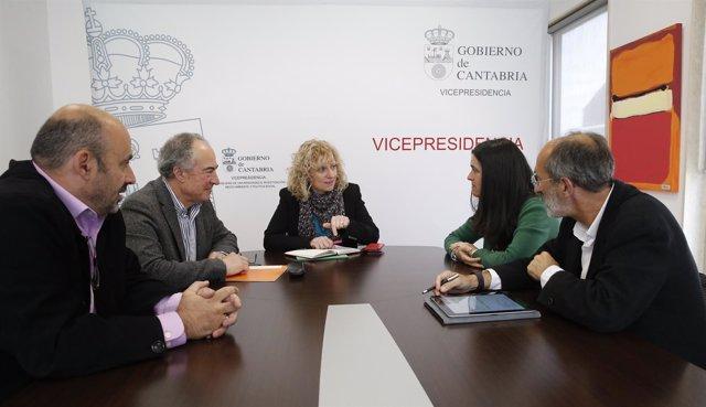 Díaz Tezanos se reúne con Cantabria ConBici