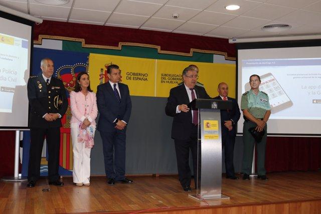 El ministre de l'Interior, Juan Ignacio Zoido, presenta versió 4.0 d'Alertcops