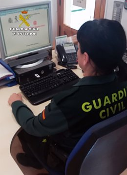 Agente Guardia Civil delenta ordenador estafa