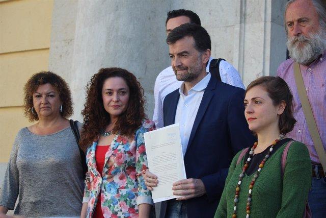 Maíllo presenta denuncia contra empresas Pascual