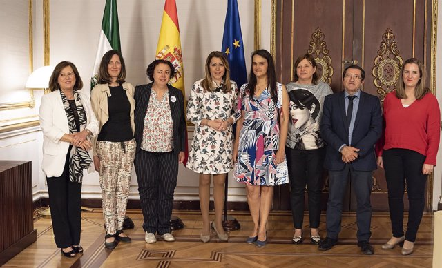 Reunión de Susana Díaz con  Asociación Familias Monoparentales
