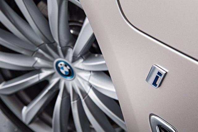 Llantas de BMW, logo