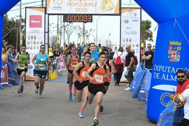 Zouhair El Janati ha vuelto a ganar la carrera popular de Bédar.