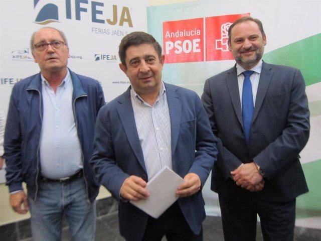 José Luis Ábalos , Francisco Reyes y Juan Cornejo