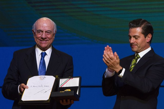 Francisco González (BBVA) y el presidente de México, Enrique Peña Nieto