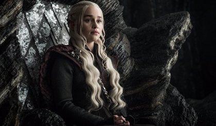 """Emilia Clarke: """"Juego de Tronos fue el primer trabajo en el que no me pagaron menos por ser mujer"""""""
