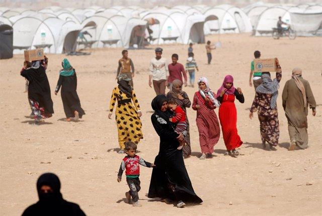 Desplazados por los combates entre las FDS y Estado Islámico en Siria