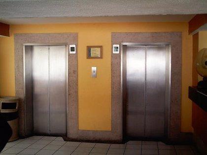 Muere tras caer por el ducto de un ascensor desde un séptimo piso