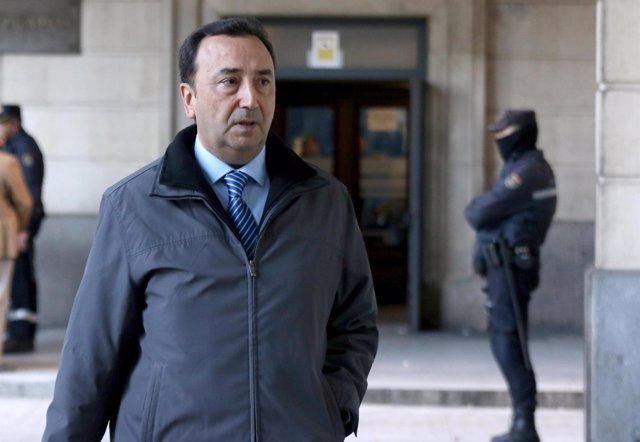 El presidente del tribunal del caso ERE llega a los juzgados de Sevilla