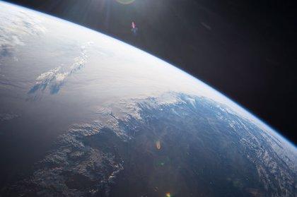 Primera imagen global de las nubes de hielo desde el espacio