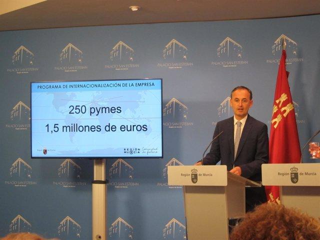 Javier Celdrán, en la rueda de prensa