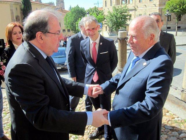 Herrera saluda a Amoedo a la llegada a Salamanca