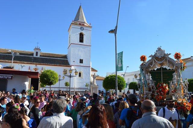 Salidad de la Hermandad del Rocío de San Juan del Puerto (Huelva).