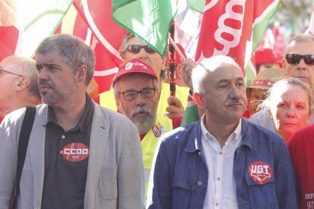 Unai Sordo y Pepe Álvarez en la marcha por pensiones dignas en Atocha