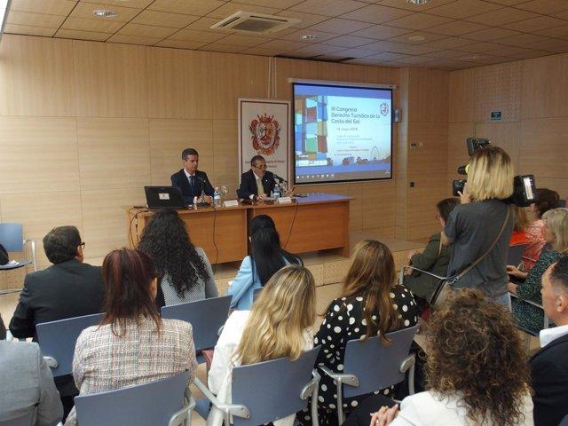 Decano del Colegio de abogados de málaga Lara congreso derecho turístico