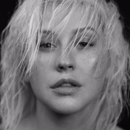 Christina Aguilera lanza Fall in Line en colaboración con Demi Lovato