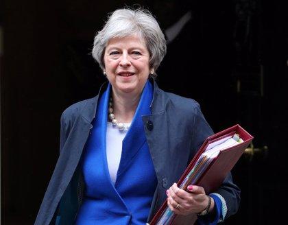 """May lamenta el rechazo escocés a ley del Brexit, que define como """"sensata"""""""
