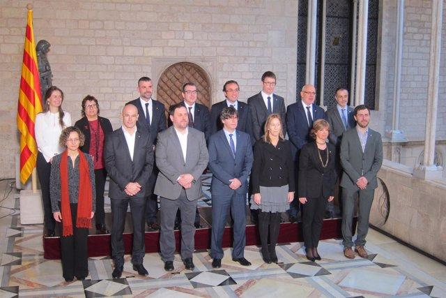 Toma de posesión de los consellers de la Generalitat de Carles Puigdemont