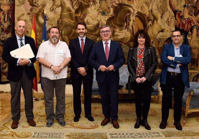 Reunión de Marcial Marín con sindicatos y patronal