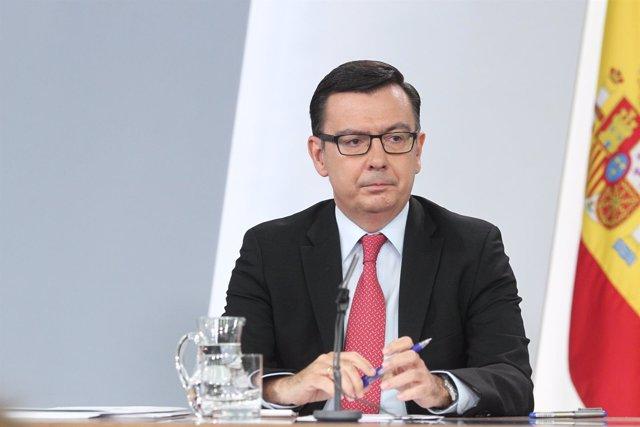 Rueda de prensa del ministro de Economía, Román Escolano, tras el Consejo