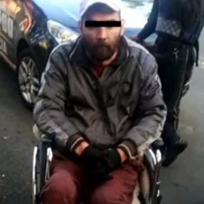 Detienen a un ladrón en silla de ruedas en Ciudad de México