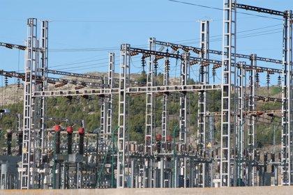Energía podrá mejorar la retribución a las eléctricas si necesitan aumentar la potencia de sus centrales