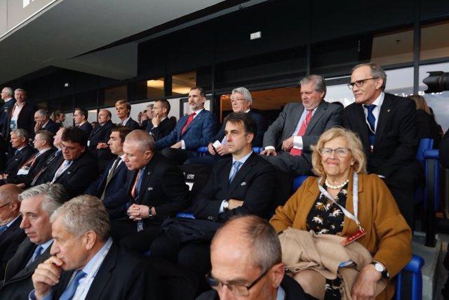 La alcaldesa de Madrid, Manuela Carmena, en la final de la Liga Europa en Lyon
