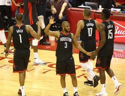 Los Rockets tiran de equipo para igualar la final del Oeste ante los Warriors