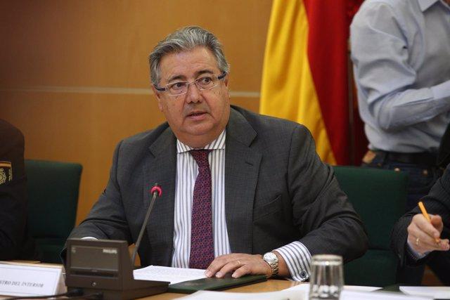 Zoido preside la reunión del Pacto Antiterrorista