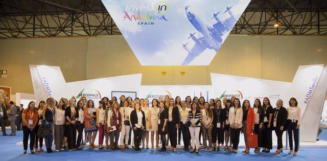 Presentación de la asociación 'Ellas vuelan alto' en ADM Sevilla