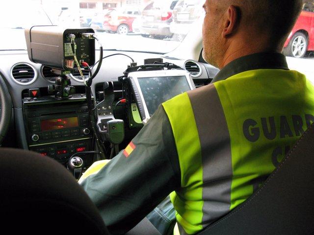 Foto de archivo de un radar de la Guardia Civil