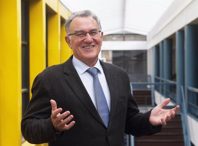 Alfredo García, presidente de la Fegamp y alcalde de O Barco de Valdeorras