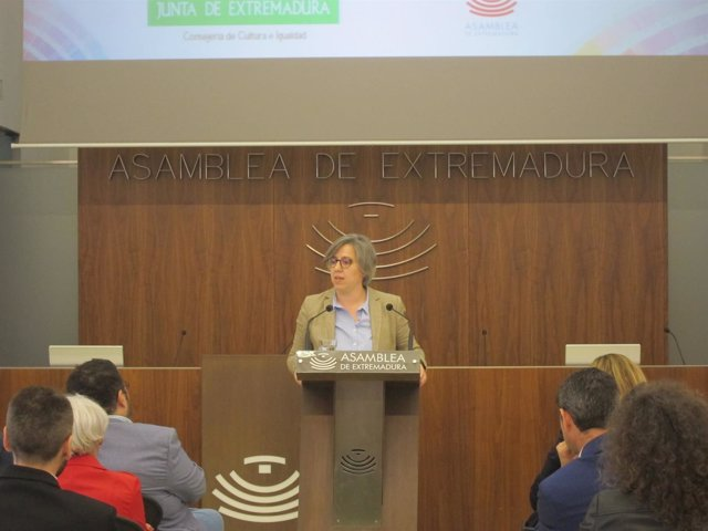 La consejera de Cultura e Igualdad, Leire Iglesias