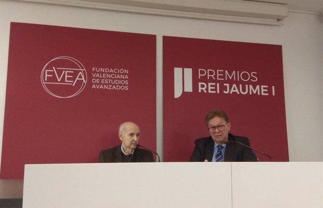 Santiago Grisolía y Javier Quesada. Presentación de los Premios Jaume I 2018