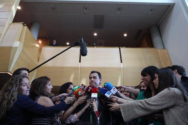 Maíllo hace declaraciones tras el pleno de investidura de Ángel Garrido