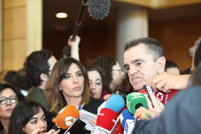José Manuel Franco hace declaraciones tras el pleno de investidura de Garrido