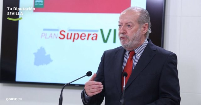 El presidente de la Diputación de Sevilla, Fernando Rodríguez Villalobos