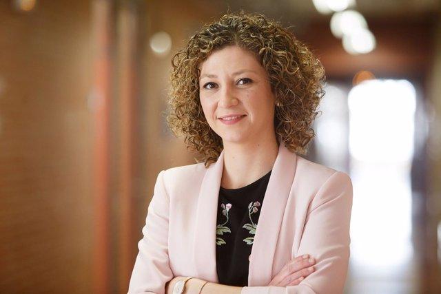 Maite Echeverz Sarasua, nueva doctora por la UPNA.