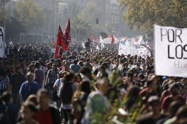 Manifestación de estudiantes en Santiago (Chile)