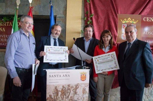 Responsables del grupo 'Vitenol' reciben el premio 'José Luis Mesías Iglesias'
