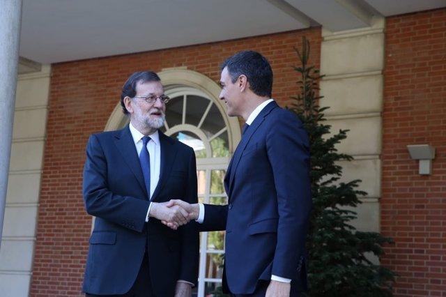Reunión de Mariano Rajoy y Pedro Sánchez en La Moncloa