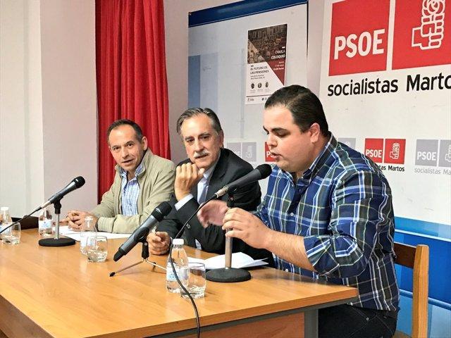 El ex ministro de Trabajo Valeriano Gómez, en Martos