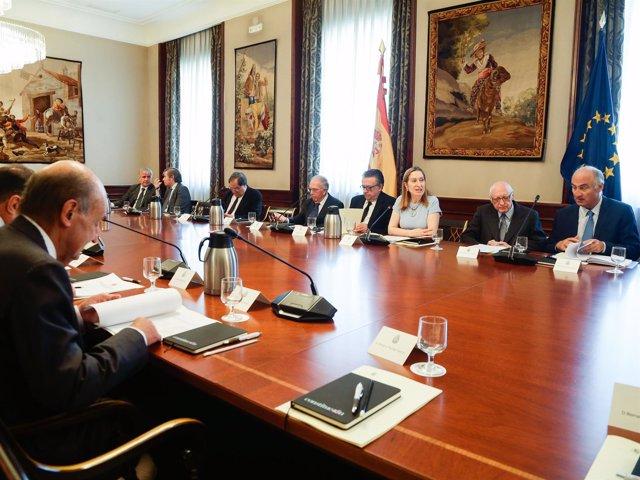 Ana Pastor preside el Consejo Asesor del 40 aniversario de la Constitución