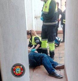 Rescate persona caída en un patio interior de Santander