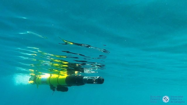 Imagen adjunta del dron submarino de la UPCT