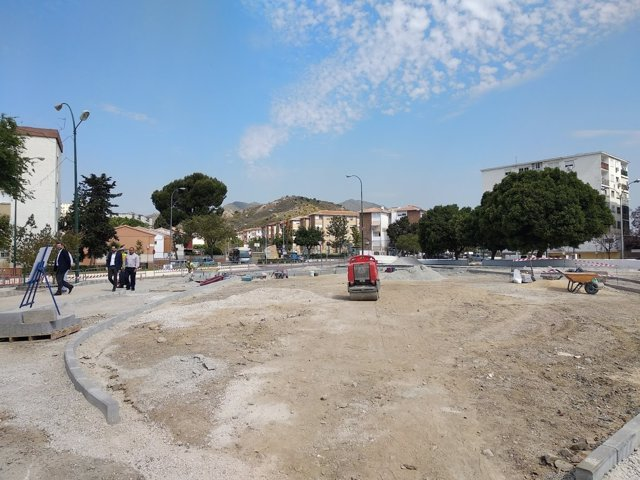 Ayuntamiento de m laga realiza obras en la avenida de la - Espacios verdes malaga ...
