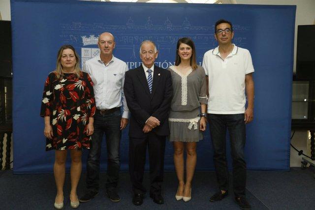 Gabriel Amat ha firmado los convenios de colaboración con los parques acuáticos.